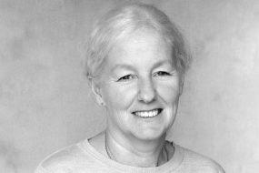 Lynda Lawton