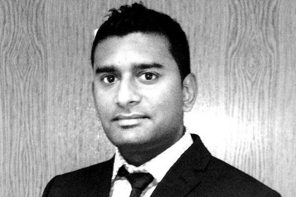 Dr Pradeep Mundre