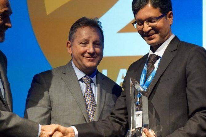 Bradford anaesthetist receives prestigious American award